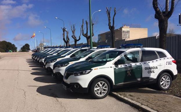 Los nuevos Kadjar que equiparán a las patrullas de la Guardia Civil en el Colegio de Guardias Jóvenes de Valdemoro, en Madrid.