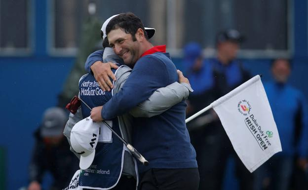 Jon Rahm celebra su victoria. /Paul Childs (Reuters)