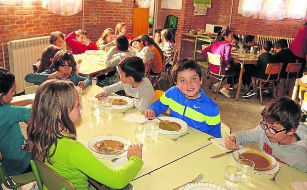 El menú de los colegios públicos cuesta 1,67 euros más al día en ...