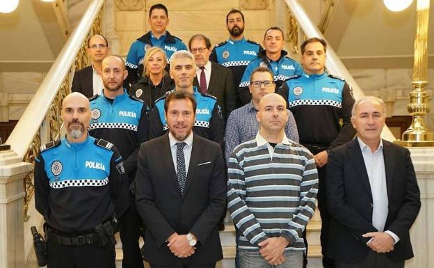 Nueve Subinspectores Y Oficiales De La Policía Local De Valladolid Toman Posesión De Sus Nuevos Cargos El Norte De Castilla