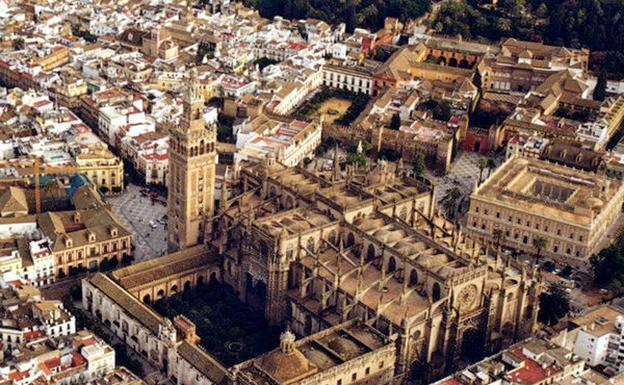 Vista aérea de la Catedral de Sevilla. /Efe