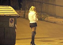 prostitutas con clientes prostitutas raval barcelona