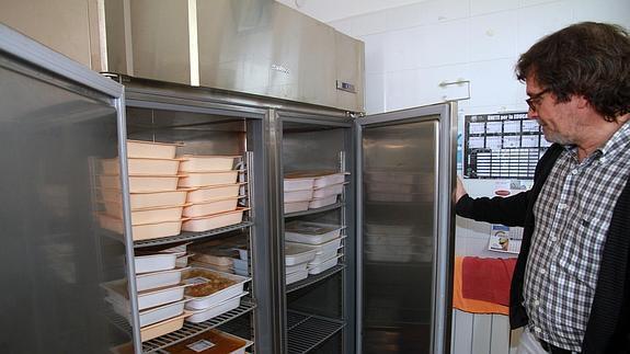 El equipamiento retrasa la llegada del \'catering\' a diez comedores ...