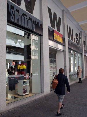 Sportown abre una tienda en la Calle Mayor   El Norte de